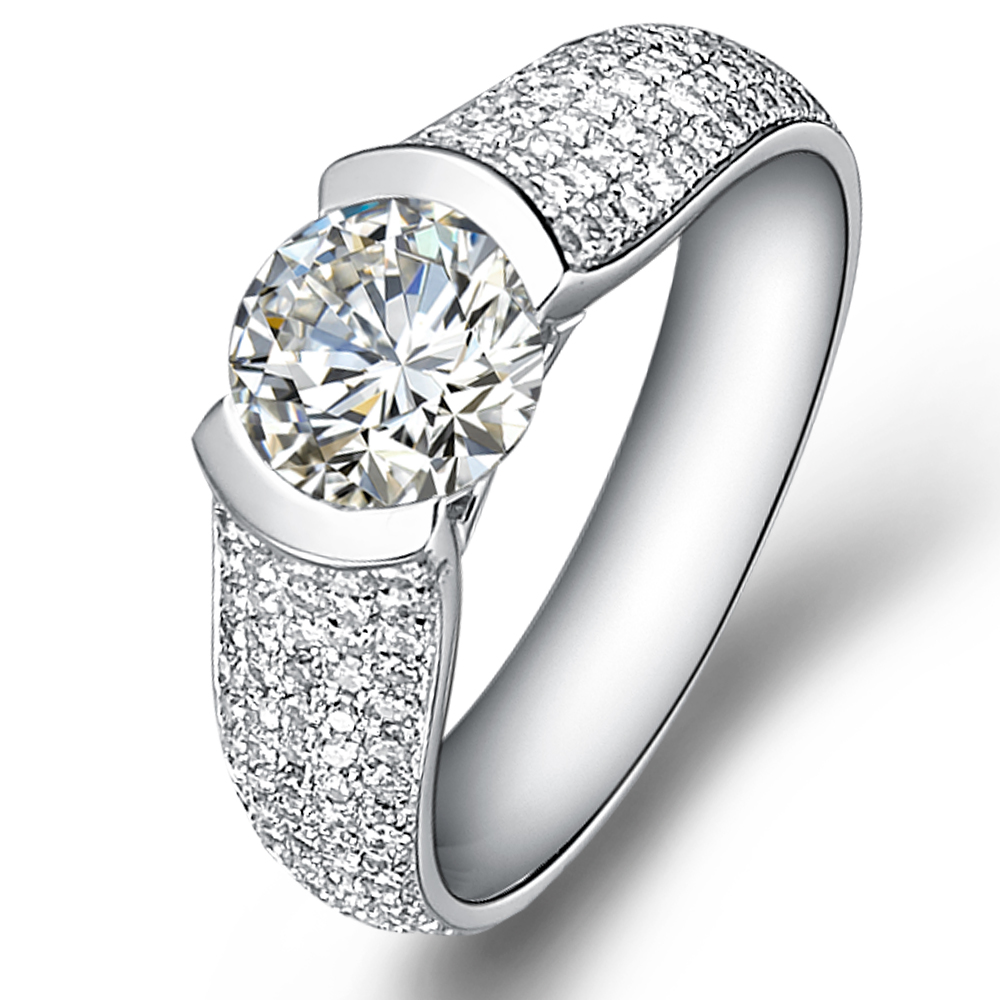 Vintage diamond engagement ring in 18K White Gold with a 1 Carat Diamond